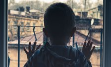 Deprivation in early childhood can affect mental health in adulthood