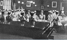 The Nightingale Home and Training School for Nurses, St. Thomass Hospital, c. 1900. With permission from the Wellcome Library, London puff