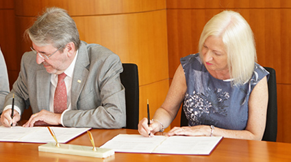 Partners from King's and CUHK sign the new agreement