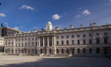 Image of The Dickson Poon School of Law in Somerset House East Wing taken from Somerset House Courtyard.