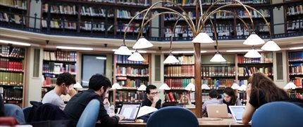 students-2014-maughan-library-reading