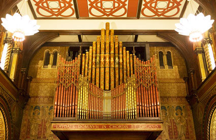 The magnificent organ in the College Chapel