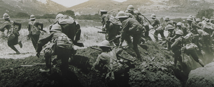 Men of the Royal Naval Division charging from a trench, Gallipoli, 1915.