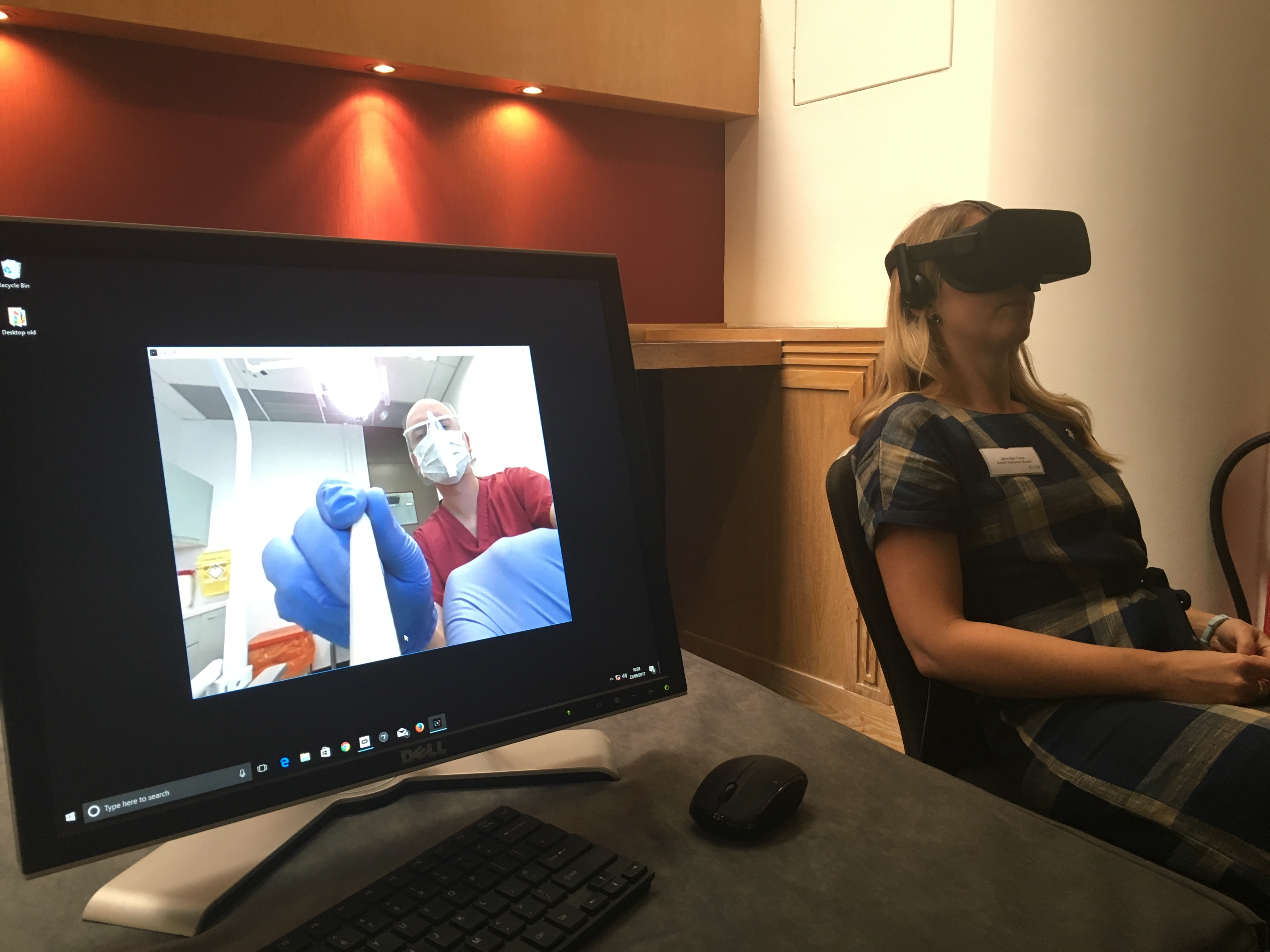 20181214, Virtual reality headset in dental psychology