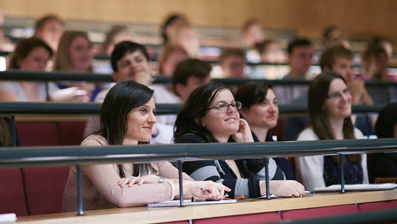 female-students-lecture