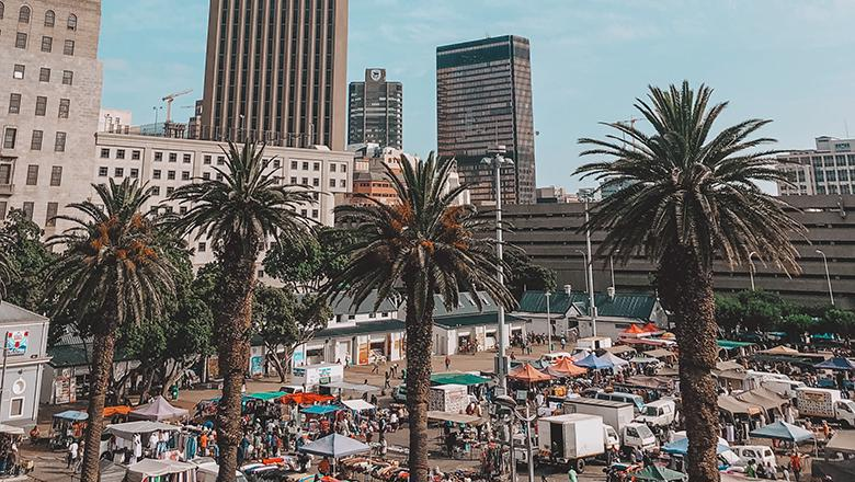 Market stalls in Cape Town, South Africa. Photo by Ian Badenhorst on Unsplash