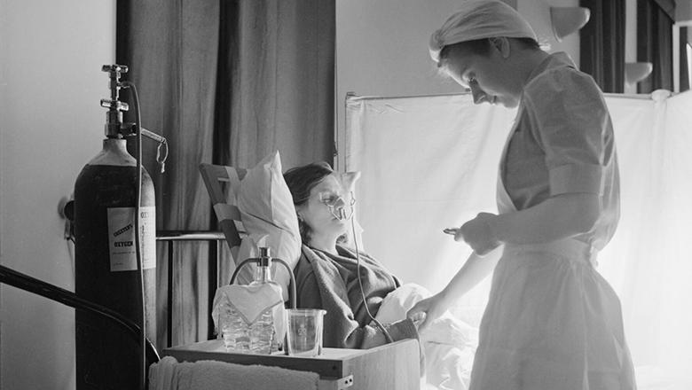 Student nurse life at St Helier Hospital, Carshalton, Surrey in 1943. Wikimedia Commons