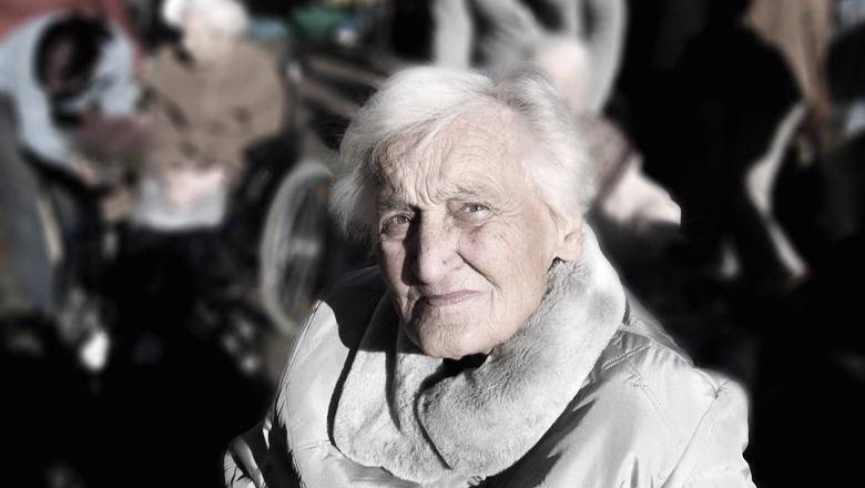 Dependent dementia woman old age