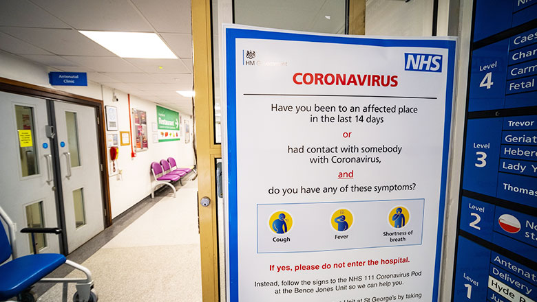 covid nhs sign