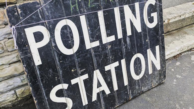 polling-station-2643466_1920
